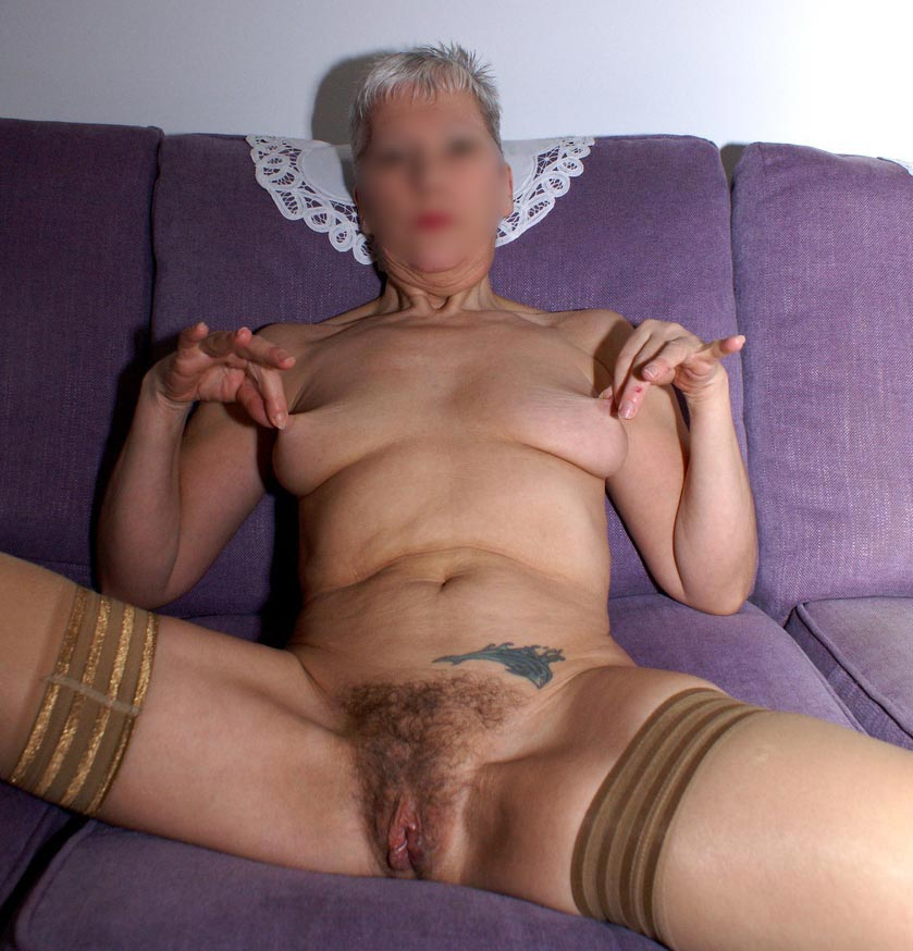 Guy lost his control and fucked his grandma's hairy pussy